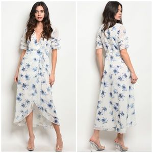 Dresses & Skirts - SARA WHITE BLUE FLORAL DRESS